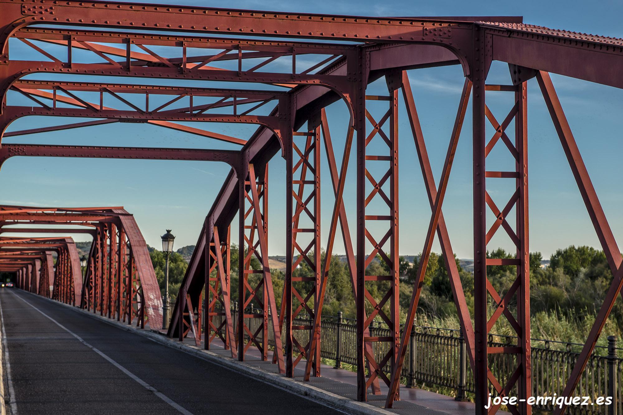 04-007 03 Fuga. Puente de la Reina Sofía, Talavera de la Reina.